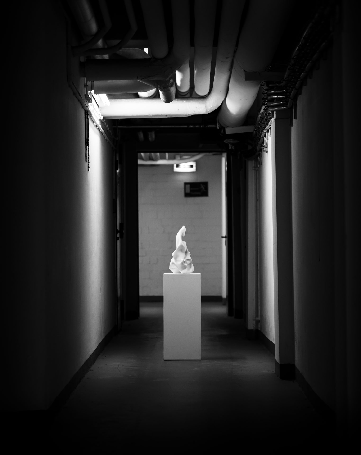 Marble sculpture of Hanna Gigling 01