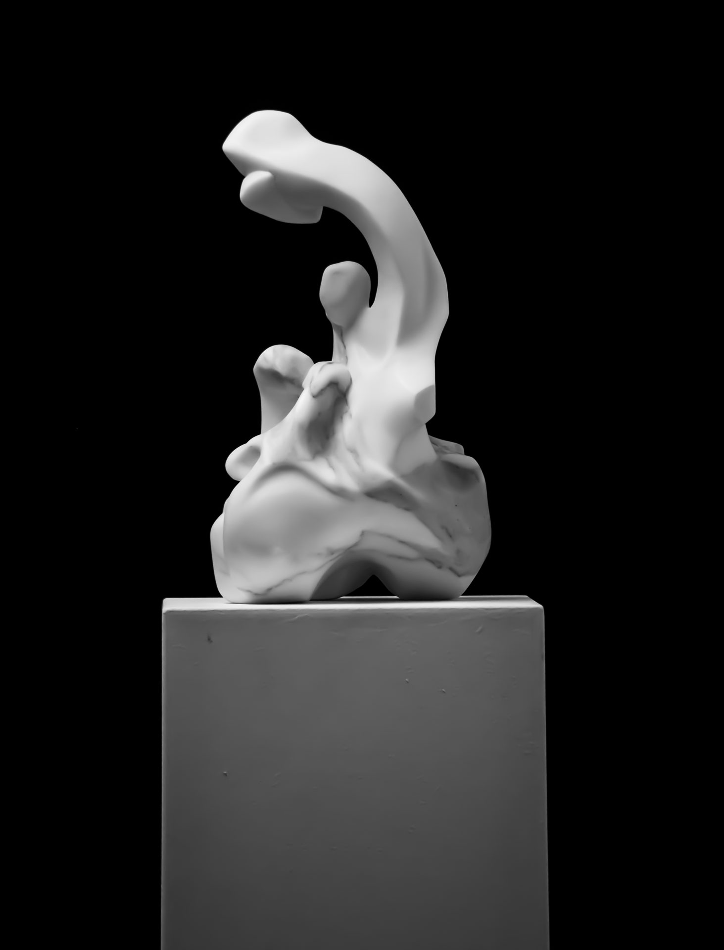 Marble sculpture of Hanna Gigling 08