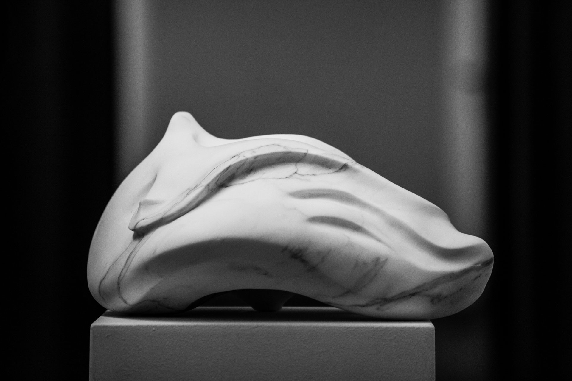 Marble sculpture of Hanna Gigling 15