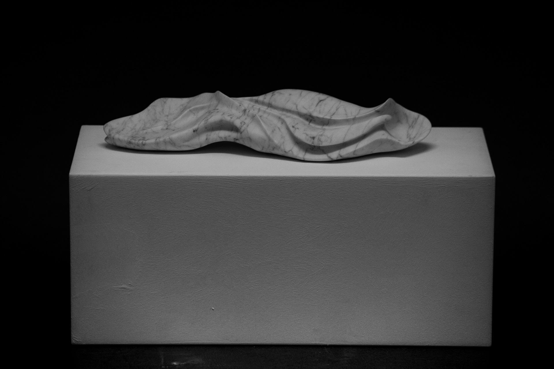 Marble sculpture of Hanna Gigling 21